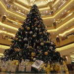 Pohon Natal Termahal di Dunia Ada di Timur Tengah