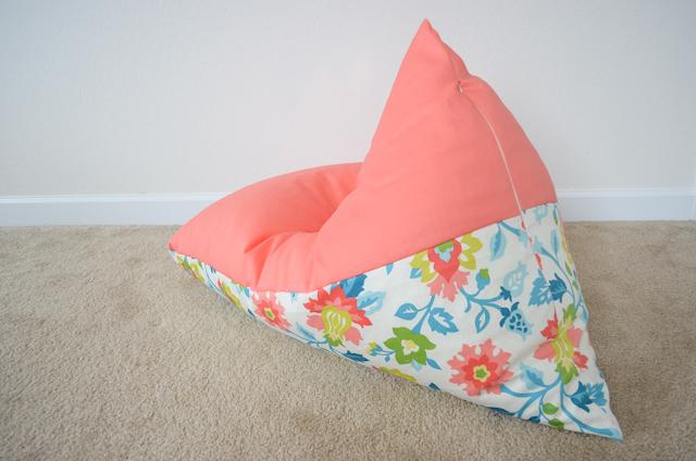 Peachy Buat Sofa Bean Bag Kurang Dari 30 Menit Rumah Dan Gaya Inzonedesignstudio Interior Chair Design Inzonedesignstudiocom