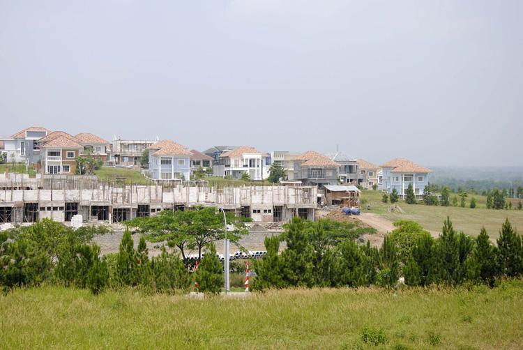 Sentul City, komplek perumahan premium di kawasan Sentul, Bogor.