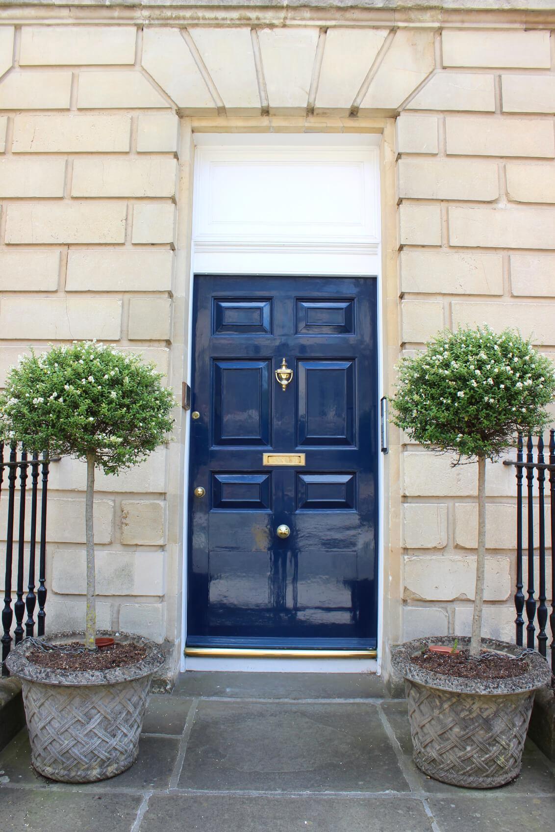 8 Warna Tepat Untuk Pintu Depan Rumah