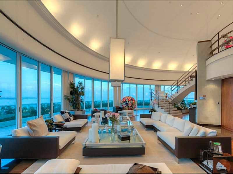 Pharrell-living-room-0746c8