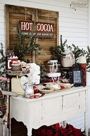 Sedikit vintage dan country style bisa menjadi referensi unik pesta Anda (pinterest.com)