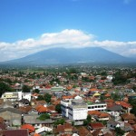 Bogor Stagnan, Pasar Residensial Sukabumi Bergerak