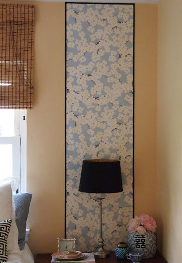 Kertas kado dan pigura bisa memberikan aksen yang indah di ruangan.