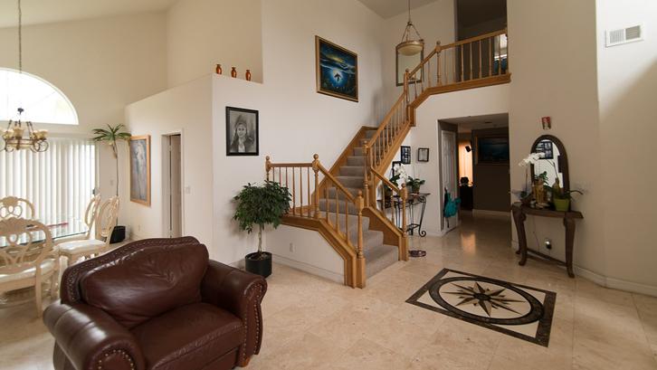 Top Desain Ruang Tamu Di Teras Rumah  panduan pilih keramik untuk tiap ruangan rumah dan gaya