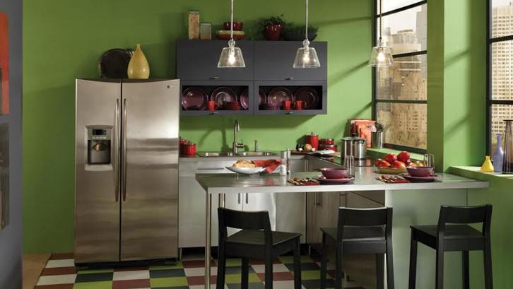 Dapur Sempit Terasa Luas Lewat Permainan Cat Rumah Dan Gaya