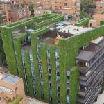 Konsep taman vertikal ini digagas oleh Exacta Proyecto Total