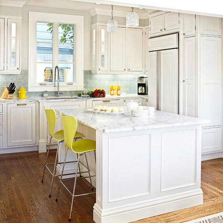 dapur sempit pun bisa terkesan lebih luas.