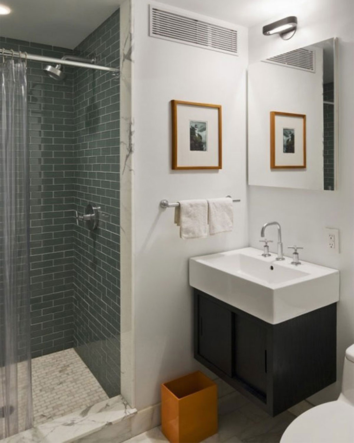 Mandi dengan shower jauh lebih menghemat air