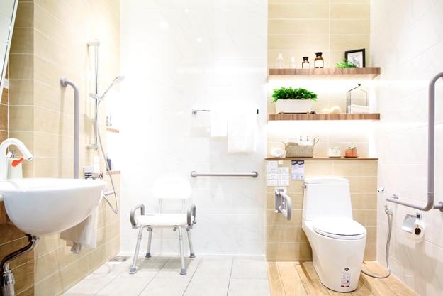 ห้องน้ำสำหรับผู้สูงอายุที่แบ่งโซนเปียกโซนแห้ง