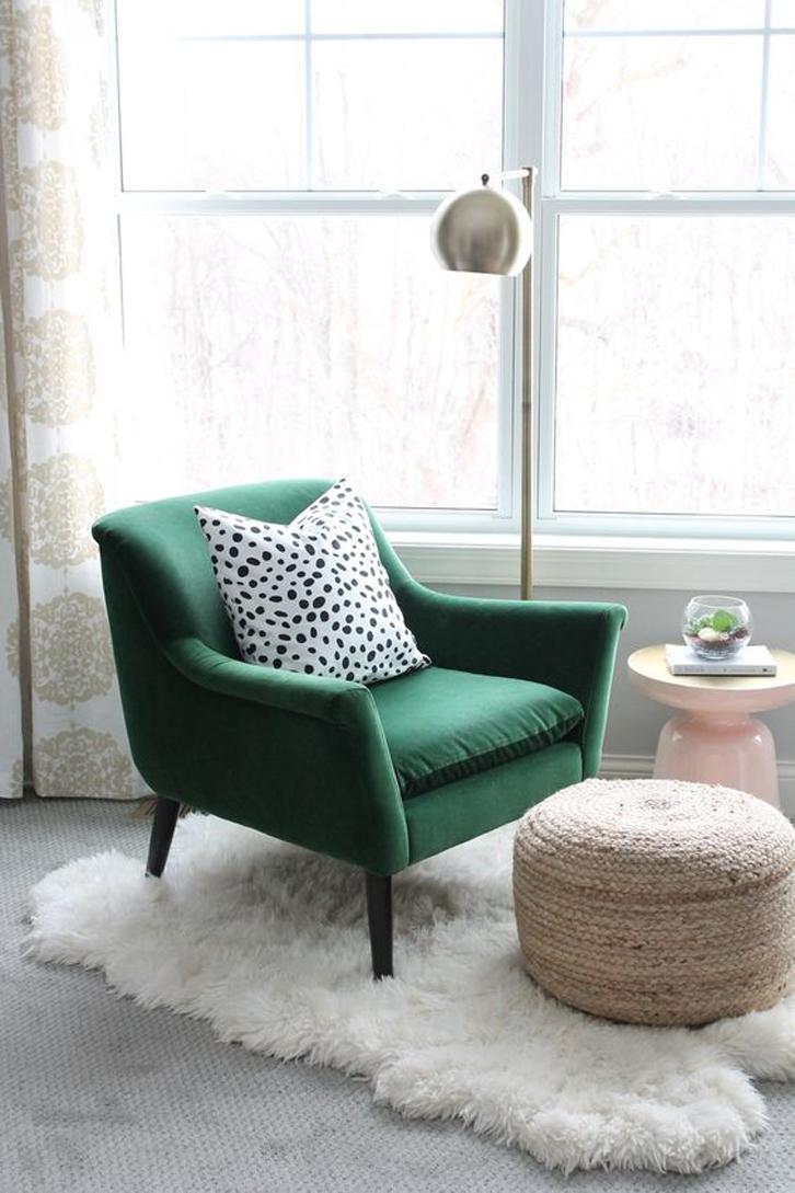 siapkan sofa yang paling nyaman