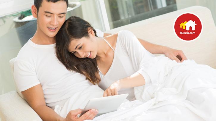 Saat bercinta bersama pasangan di rumah merupakan momen penting