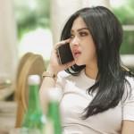 Lima Kali Endorse Syahrini, Bisa Dapat Rumah Modern