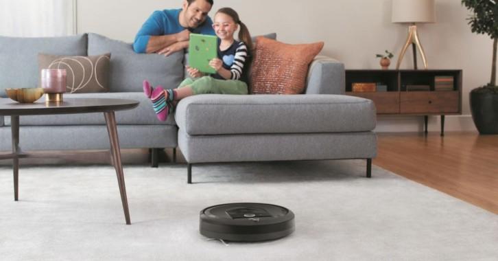 Robot Roomba by IRobot