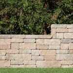 Ini Caranya Membangun Dinding Penahan untuk Mencegah Longsor
