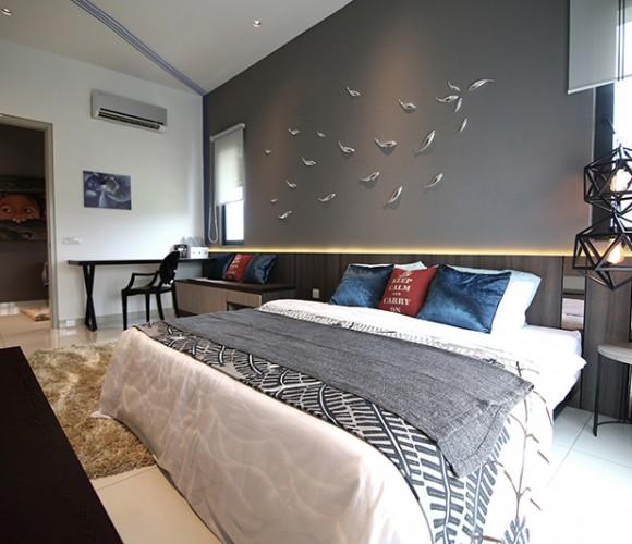 Nu-Infinity-Periwinkle-Master-Bedroom
