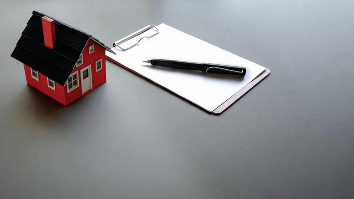 Uang DP kadang menjadi hambatan dalam beli rumah sehingga mengontrak lebih dipilih. (Sumber: Pexels.com)
