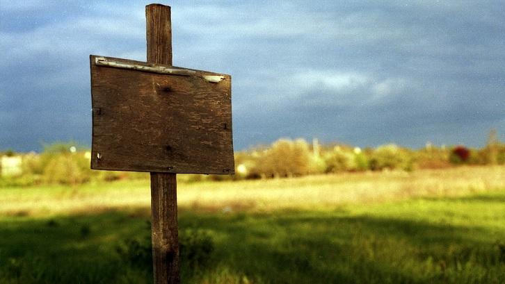 KPT adalah layanan yang diberikan bank untuk membeli lahan (Foto: brenkee-Pixabay)