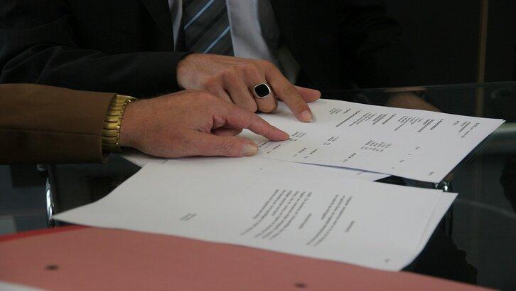 Akta notaris memiliki beberapa jenis. (Foto: Pixabay-delphinmedia)