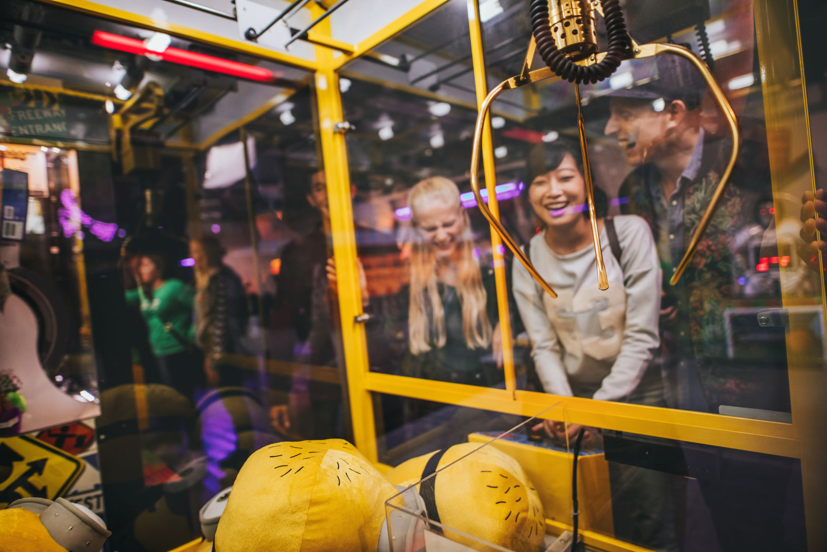 Experience a variety of arcade games