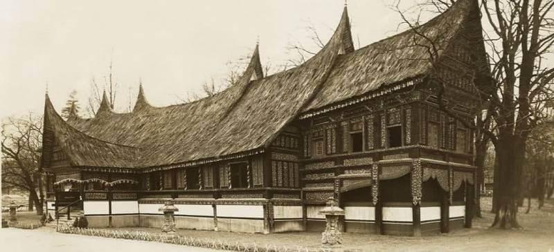 7 Jenis Rumah Adat Khas Sumatera Barat Dan Keunikannya Rumah Com