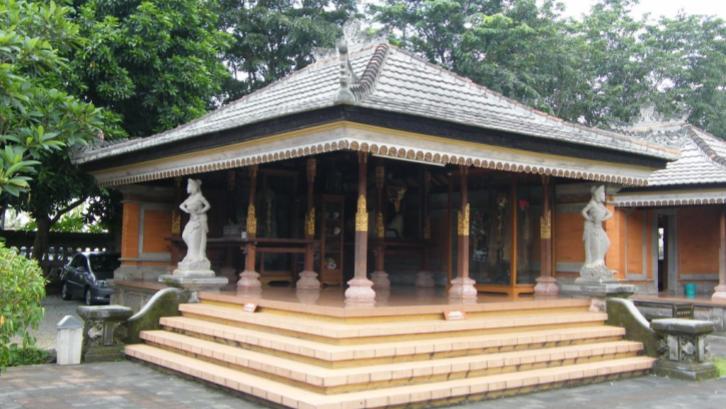 Pengaruh budaya yang berkembang menjadi inspirasi arsitektur rumah Bali. (Sumber: Pexels.com)