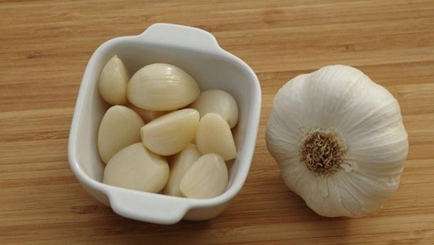 Bau bawang putih sangat dibenci cicak sehingga cara mengusir cicak ini cukup ampuh. (Foto: Pixabay.com)