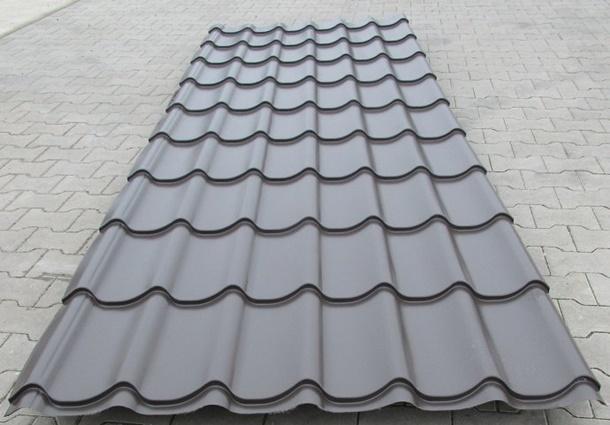 Jenis genteng metal yang memiliki warna abu-abu akan terlihat selaras dengan tampilan minimalis rumah Anda! (Foto: O-metall.com)