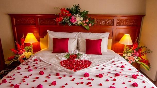 Mau Kamar Pengantin Romantis Ini 9 Dekorasi Yang Bisa
