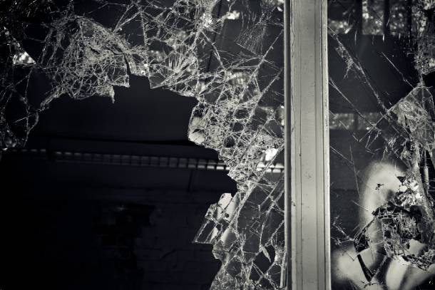 Replace cracked HDB windows immediately - PropertyGuru Singapore