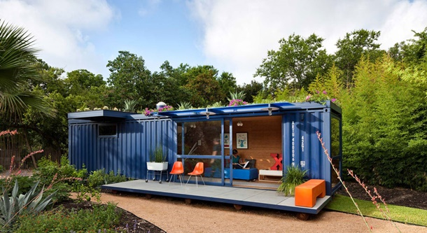 Rumah kontainer ini didesain dan didekorasi dengan bahan ramah lingkungan. (Foto: herschelsupply.co)