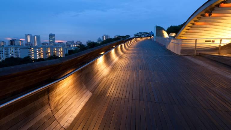 Henderson Waves seamlessly connects Mount Faber Park to Telok Blangah Hill Park - PropertyGuru Singapore