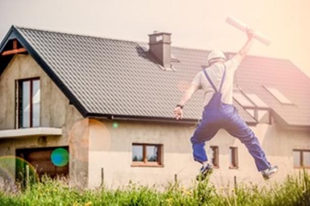 Keuntungan membangun rumah sendiri adalah bisa menyesuaikan dengan bujet dan waktu yang diinginkan. (Foto: Pexels)