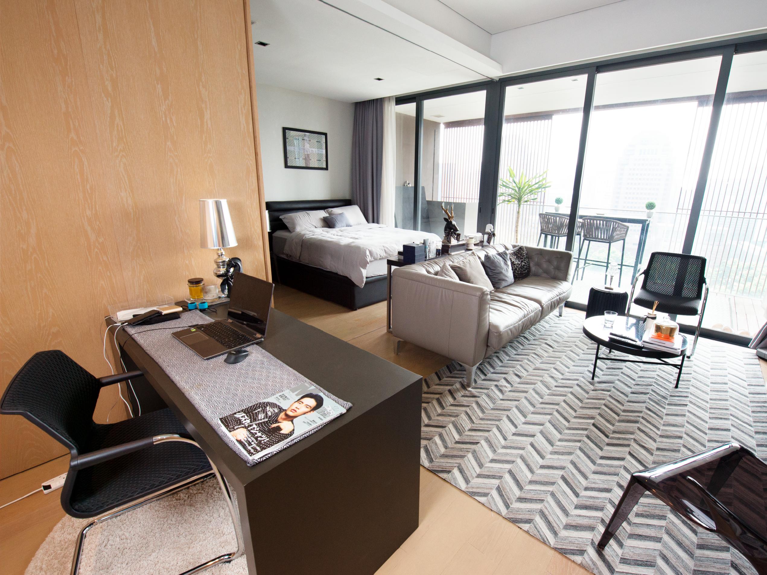 One-bedroom condominium in Orchard