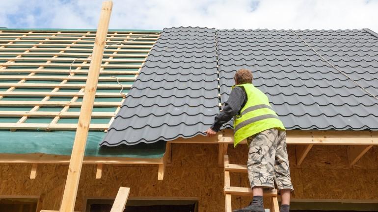 Menghitung Harga Serta Biaya Pasang Atap Baja Ringan Rumah Com