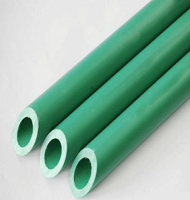 Pipa yang identik dengan warna hijau ini baik untuk irigasi maupun mengairkan air bersih. (Foto: Kptpipes.com)