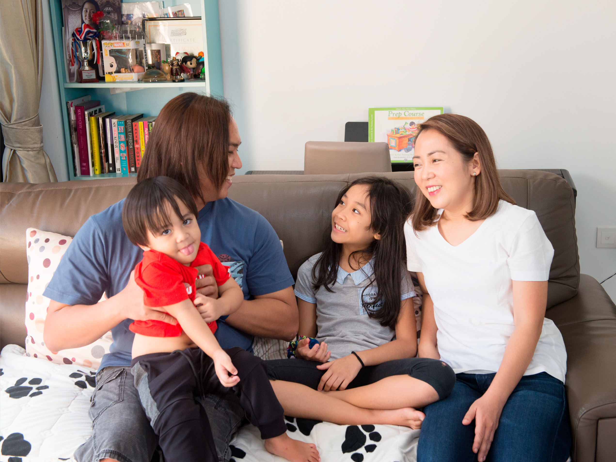 Foreign family living in a 4-room condo in Pasir Ris
