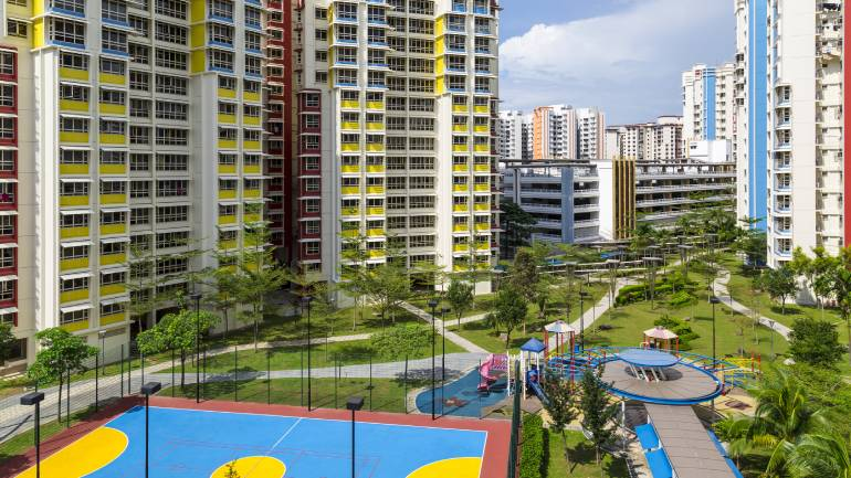 Freehold Private Condos That Are Within 500m From the East West Line - PropertyGuru Singapore