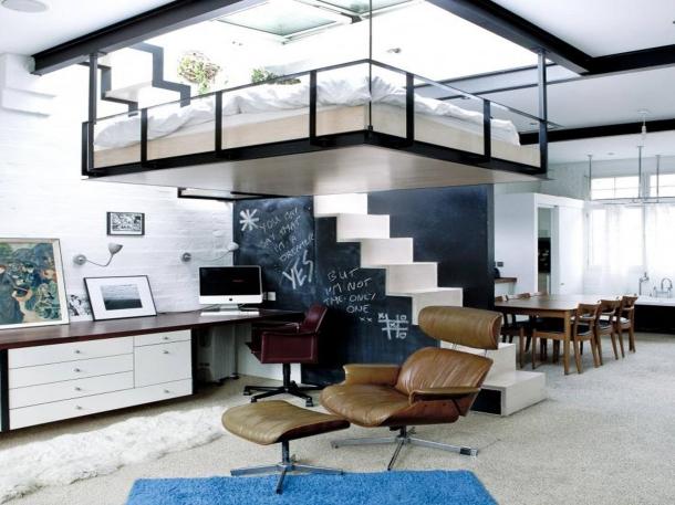 Mezzanine menciptakan ruangan ekstra di hunian Anda. (Foto: House & Garden)