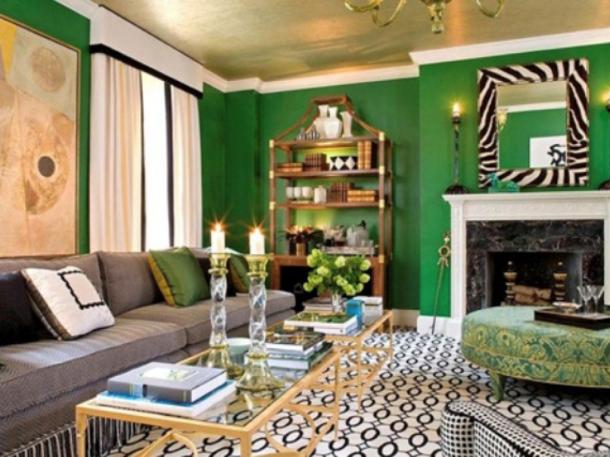 Plafon gold metal memberikan tampilan mewah di rumah minimalis. (Foto: Shelterness)
