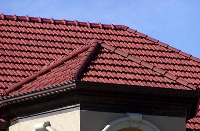 Genteng berbahan dasar keramik. (Foto: statewideroofingwichita.com)