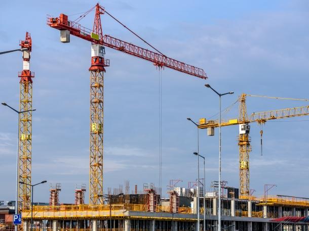 Pilihlah jasa kontraktor berlisensi yang memiliki pengalaman tepercaya. (Foto: Pexels)