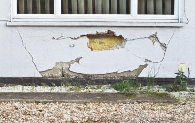 บ้านทรุด 3 สาเหตุและสัญญาณเตือนบ้านทรุด รุดแก้ก่อนบ้านพัง
