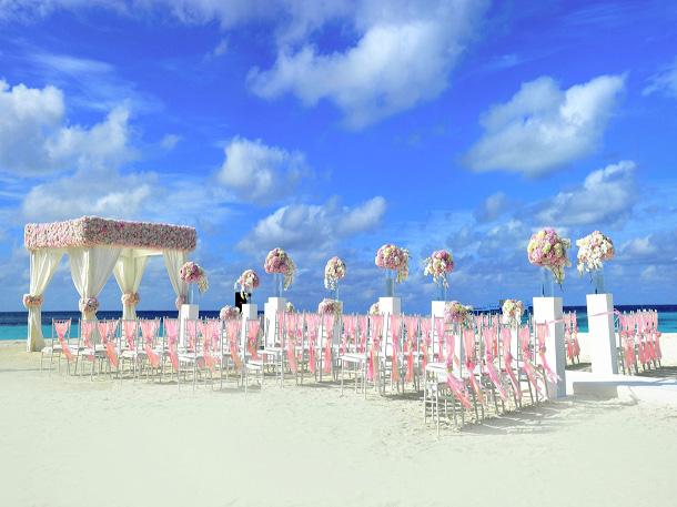 Jika pantai adalah tempat spesial bagi Anda dan keluarga, bawalah para tamu dalam keindahan alamnya. (Foto: Pixabay)
