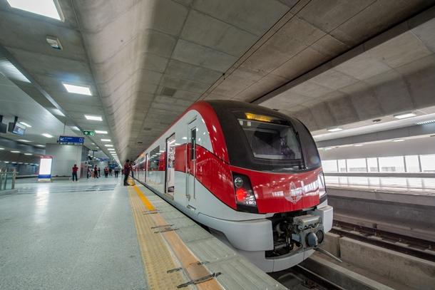 รถไฟฟ้าสายสีแดง เตรียมเปิดปลายปี 2564