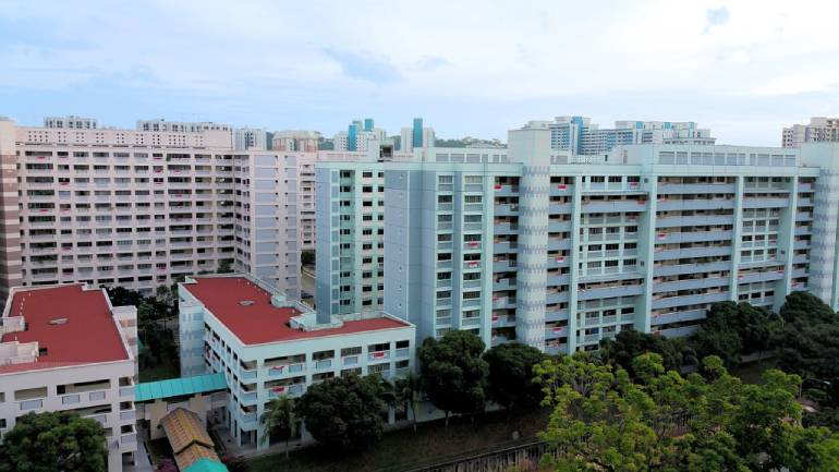En blocs can happen with HDB flats too. Read this article here to learn more about the Selective En Bloc Redevelopment Scheme (SERS).