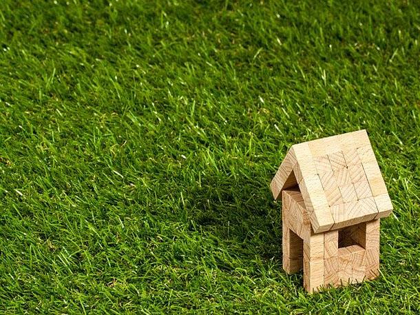 Ketahui dahulu kelebihan dan kekurangan berinvestasi tanah sebelum mengambil keputusan besar. (Foto: Pixabay)