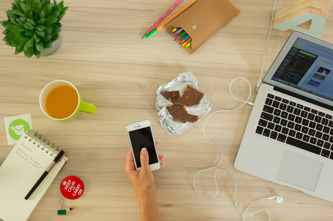 Working From Home: 5 tips to improve your diet and help you be more productive