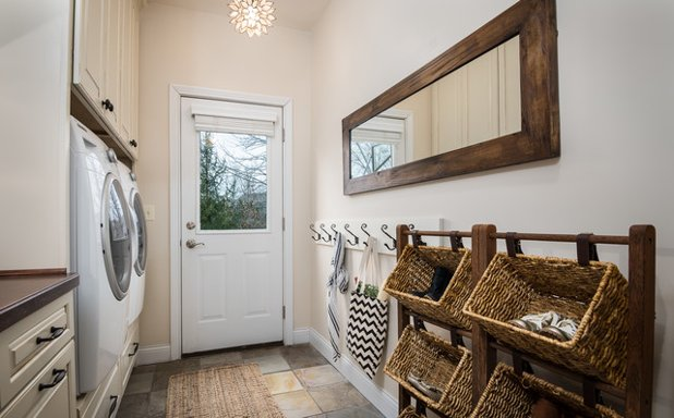 Interior rumah bergaya minimalis sangat memungkinan Anda untuk membuat tempat mencuci pakaian jadi lebih efisien (Foto: thesweethouseofmadness.com)