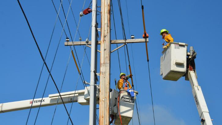 10 Cara Hemat Energi Listrik Dan Biaya Di Indonesia Rumah Com